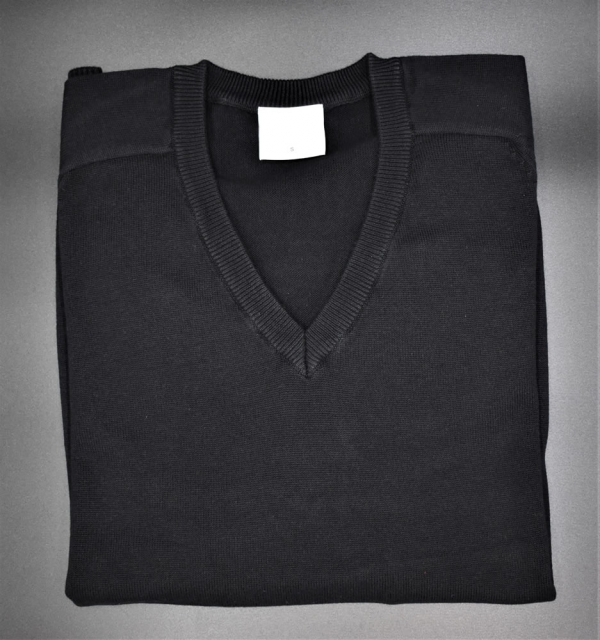 Beech Hall Black V-Neck Jumper